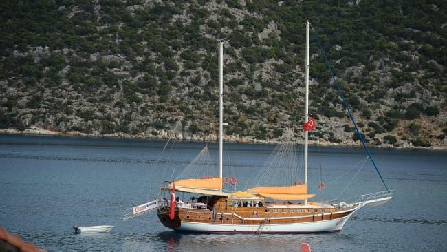 Cheers Yacht (4)